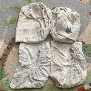 4 Changing pad covers 2 Aden & Anis. 2 Burt's Bees